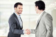 Không khéo giao tiếp - Làm sao gây thiện cảm?